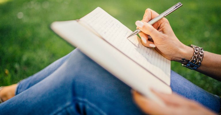 If you're looking to work from home as a freelance writer you're probably interested in learning how to improve your writing. Make sure to check out these 3 tips on how to become a better writer!